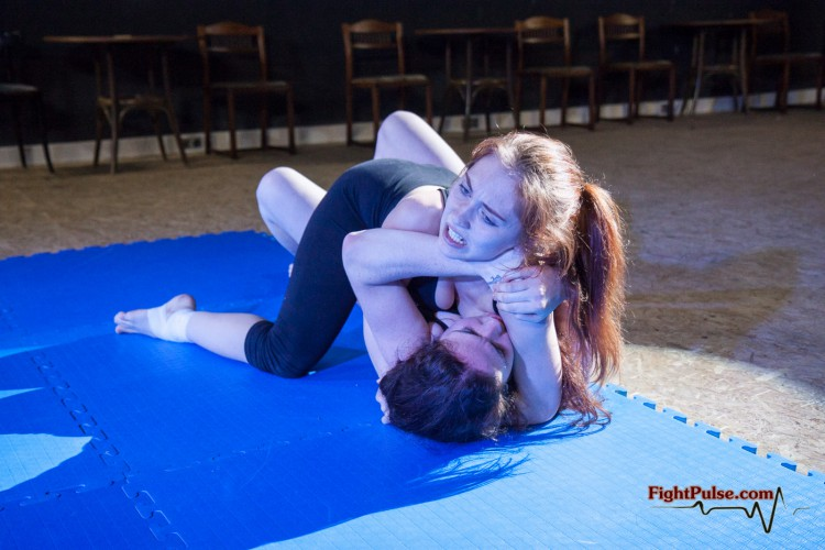 competitive female wrestling