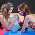 arm-wrestling girls