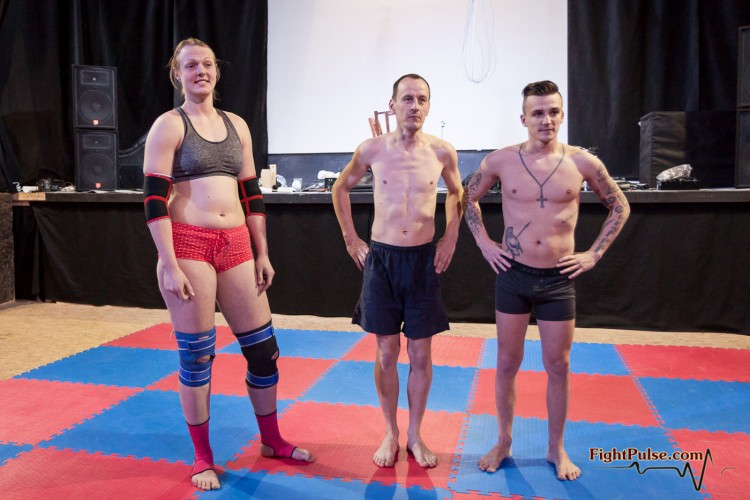 FightPulse-MX-64-Anika-vs-Marek-and-Andreas-3625